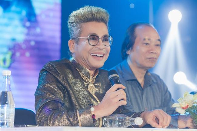 Bỏ qua ồn ào với vợ cũ Xuân Hương, Thanh Bạch xuất hiện với tóc vàng nổi nhất đám đông - Ảnh 4.