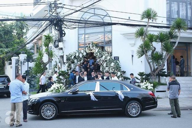Toàn cảnh lễ rước dâu trong đám cưới Bảo Thy và bạn trai doanh nhân: Cô dâu đã về tới nhà chú rể, an ninh được thắt chặt cả buổi - Ảnh 6.