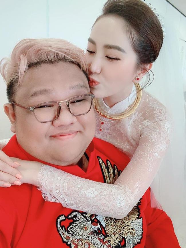 Bảo Thy hội ngộ người bạn thân 10 năm Vương Khang trong ngày lên xe hoa về nhà chồng - Ảnh 3.