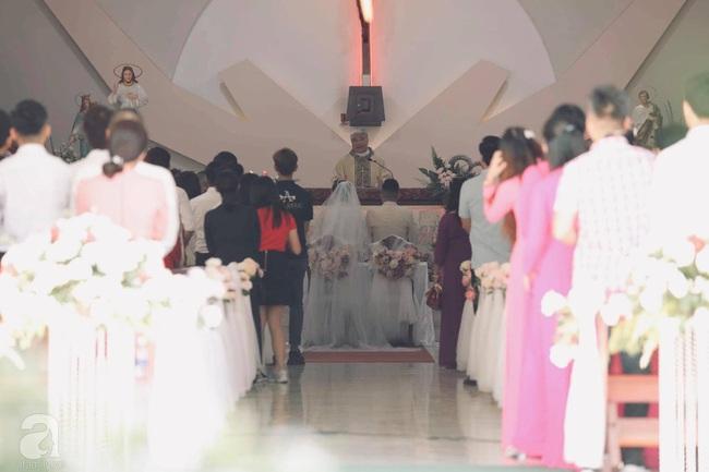 Toàn cảnh lễ rước dâu trong đám cưới Bảo Thy và bạn trai doanh nhân: Cô dâu đã về tới nhà chú rể, an ninh được thắt chặt cả buổi - Ảnh 30.