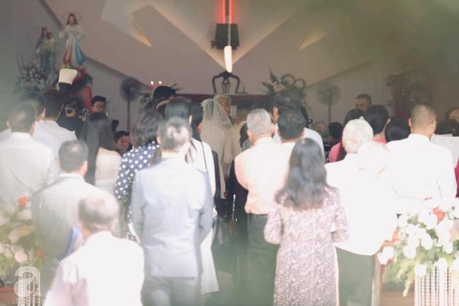 Toàn cảnh lễ rước dâu trong đám cưới Bảo Thy và bạn trai doanh nhân: Cô dâu đã về tới nhà chú rể, an ninh được thắt chặt cả buổi - Ảnh 29.