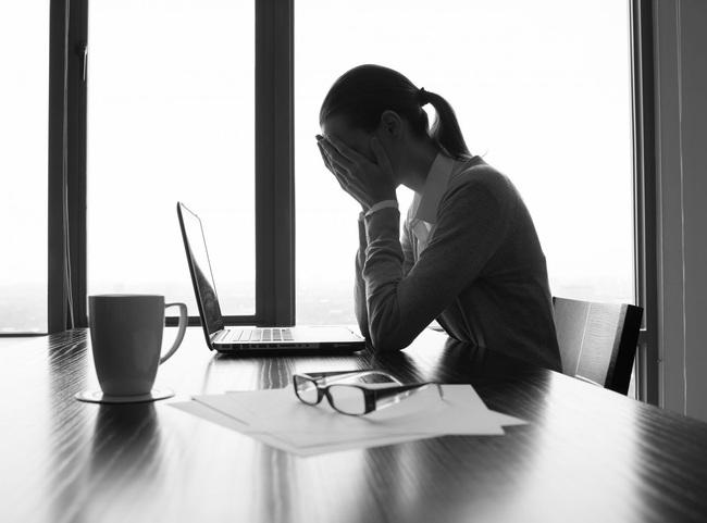 Top 5 chứng rối loạn tâm lý thường gặp ở các chị em công sở, không nhận biết sớm sẽ gây ra tổn thương nặng nề - Ảnh 5.