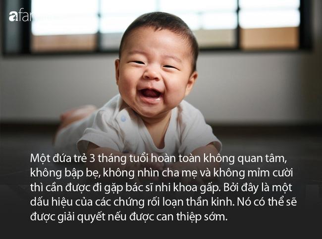 Có 2 cột mốc phát triển quan trọng của em bé 3 tháng tuổi mà cha mẹ cần lưu tâm - Ảnh 3.