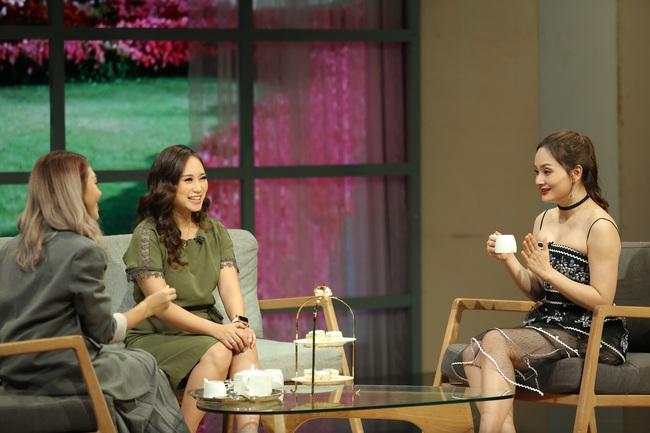 """Ca sĩ Khánh Linh lên tiếng chuyện phụ nữ không cho con bú bị chỉ trích: """"Tôi không có nhiều sữa như những bà mẹ khác"""" - Ảnh 1."""