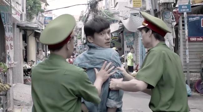 """""""Tiệm ăn dì ghẻ"""" tập 1: Quang Tuấn đi tù vì cờ bạc, vừa ra trại đã lao vào làm nhục vợ cũ - Dương Cẩm Lynh - Ảnh 3."""