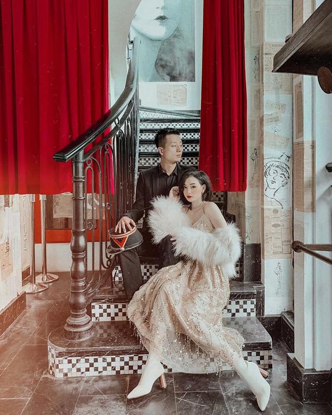Cuối tuần của các hot mom: Vợ cũ Việt Anh khoe nhan sắc quyến rũ, mẹ 2 con Ngọc Mon lộng lẫy như bà hoàng bên chồng - Ảnh 3.