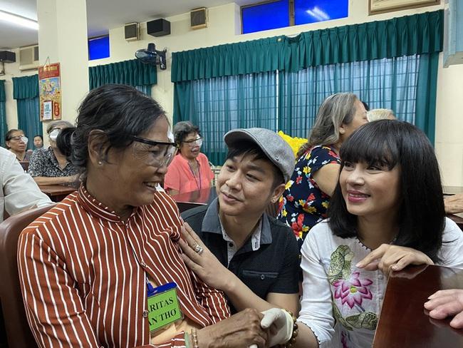 Mừng sinh nhật, Việt Trinh lai gây xúc động với hành động vô cùng ý nghĩa này - Ảnh 2.