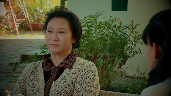 """""""Nước mắt loài cỏ dại"""" tập 1: NSND Minh Đức làm mẹ chồng giàu có hách dịch, khiến con trai - con gái người từ mặt - Ảnh 3."""