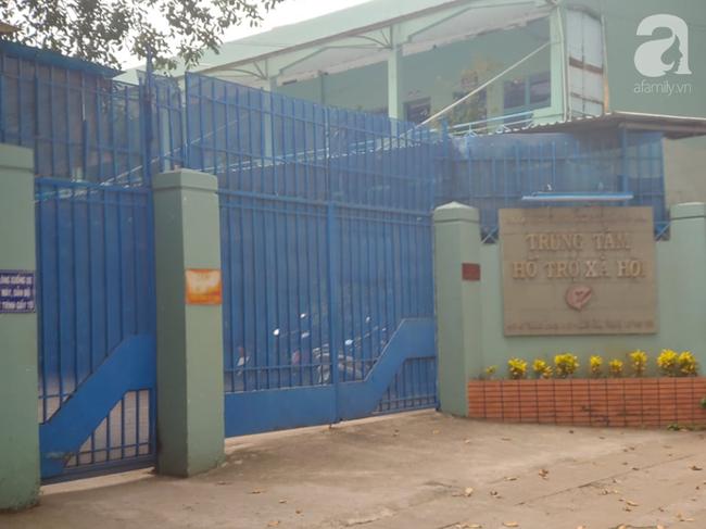TP.HCM: Cán bộ Trung tâm hỗ trợ xã hội nghi dâm ô nhiều bé gái, bị tạm đình chỉ công tác 15 ngày - Ảnh 2.