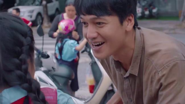 """""""Tiệm ăn dì ghẻ"""" tập 1: Dương Cẩm Lynh nuốt nước mắt lo sợ khi chồng cũ ra tù, đòi bắt cóc con gái  - Ảnh 6."""