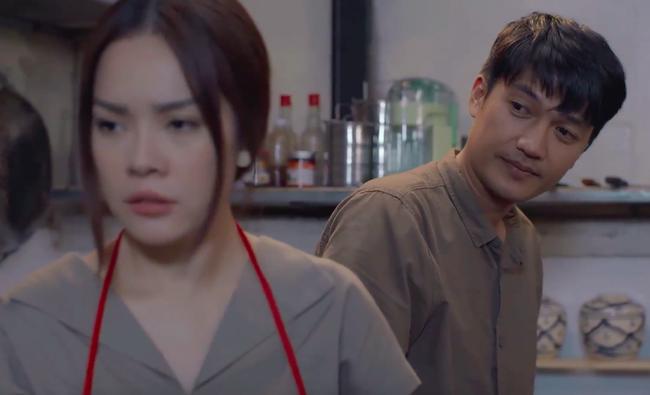 """""""Tiệm ăn dì ghẻ"""" tập 1: Dương Cẩm Lynh nuốt nước mắt lo sợ khi chồng cũ ra tù, đòi bắt cóc con gái  - Ảnh 10."""