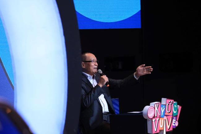"""""""Ký ức vui vẻ"""": MC Lại Văn Sâm suýt chết vì bom, được mang vác trong tình trạng bất tỉnh  - Ảnh 3."""