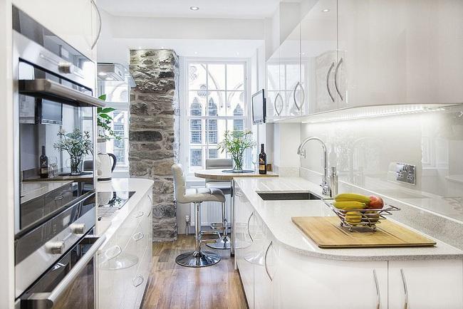 10 nhà bếp nhỏ vẫn có nơi ăn sáng đáng yêu, xinh xắn nhờ cách thiết kế thông minh - Ảnh 3.