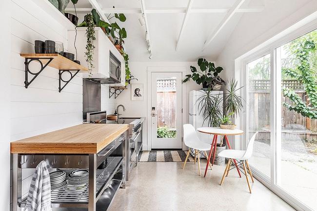 10 nhà bếp nhỏ vẫn có nơi ăn sáng đáng yêu, xinh xắn nhờ cách thiết kế thông minh - Ảnh 4.