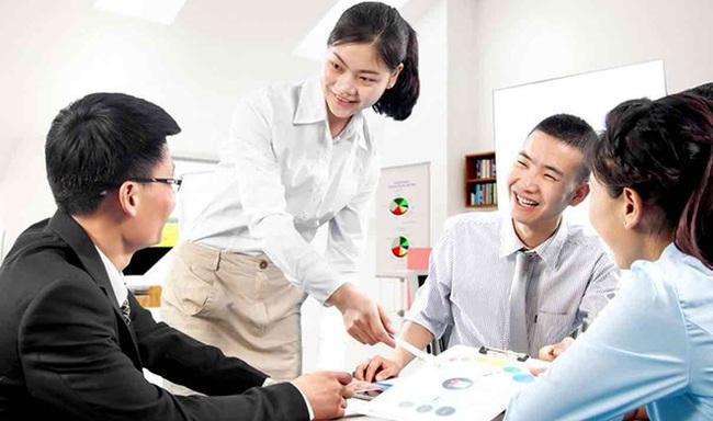 Làm thế nào tạo động lực cho nhân viên để họ bứt phá trong công việc? Bài toán cực kỳ đau đầu với mọi người sếp! - Ảnh 1.