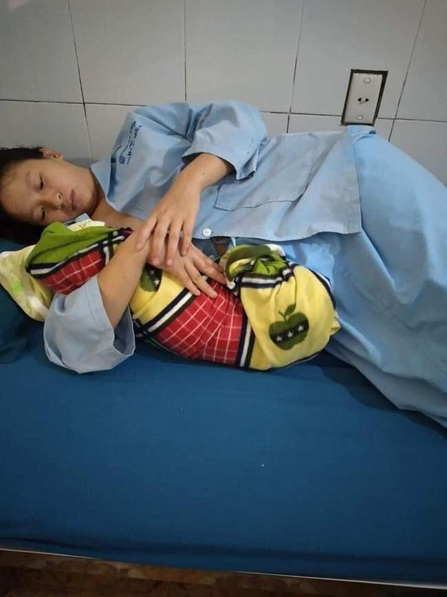 Không kịp siêu âm và xét nghiệm, các bác sĩ vội cấp cứu sản phụ 16 tuổi tiền sản giật sinh con - Ảnh 2.