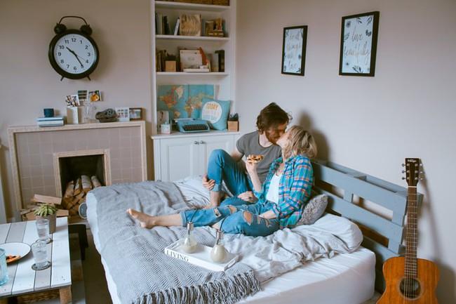 """Giải mã chuyện giường chiếu: 7 mong muốn thầm kín của những người hướng nội về """"chuyện ấy"""" - Ảnh 1."""