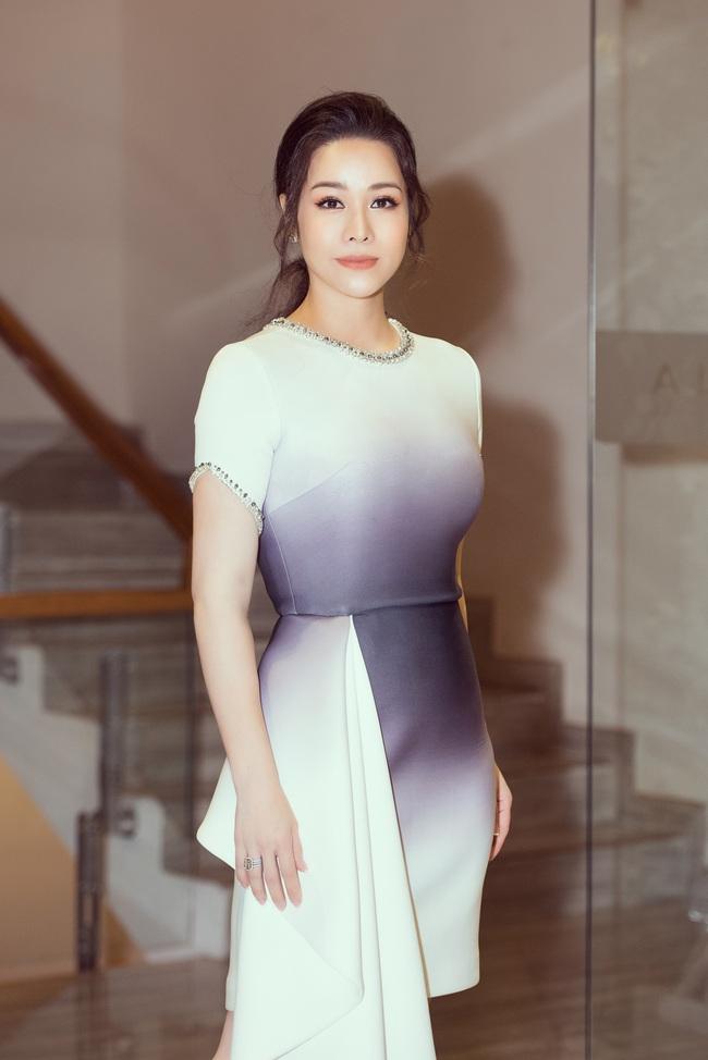 """Sau """"Tiếng sét trong mưa"""", Thị Bình - Nhật Kim Anh thân thiết hôn má Cậu Ba Khải Duy - Cao Minh Đạt  - Ảnh 3."""