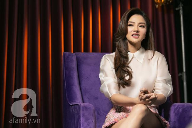Vũ Thu Phương đáp trả trước tin đồn chồng là người trong hoàng gia Campuchia, có tài sản hằng trăm tỷ - Ảnh 4.