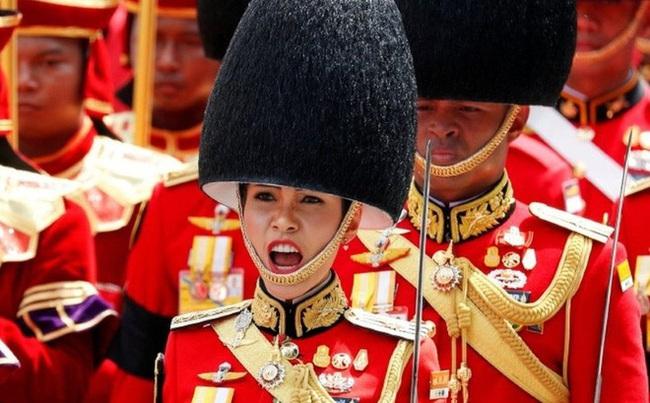 Rò rỉ một số hình ảnh về nơi ở của cựu Hoàng quý phi Thái Lan bị phế truất khiến cộng đồng mạng xôn xao. - Ảnh 5.