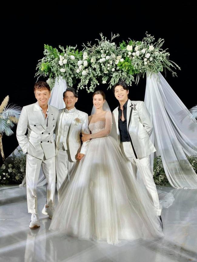 Cận cảnh món quà cưới đặc biệt của Ngô Kiến Huy tặng bạn thân Đông Nhi - Ông Cao Thắng - Ảnh 3.