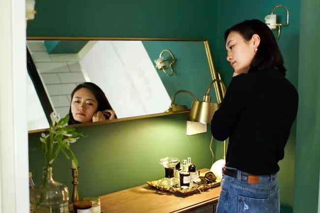 Cô gái xinh đẹp 29 tuổi biến căn hộ cũ 40m2 thành không gian sang chảnh đáng mơ ước - Ảnh 1.