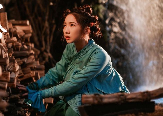 Dàn diễn viên gây thất vọng nhất năm 2019: Angelababy trợn mắt, Ngô Cẩn Ngôn khoa trương - Ảnh 4.