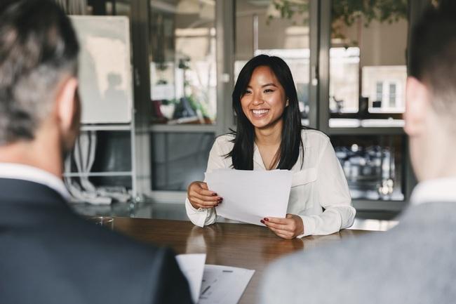 Công thức viết CV đỉnh cao giúp chị em chinh phục những nhà tuyển dụng khó tính nhất - Ảnh 3.
