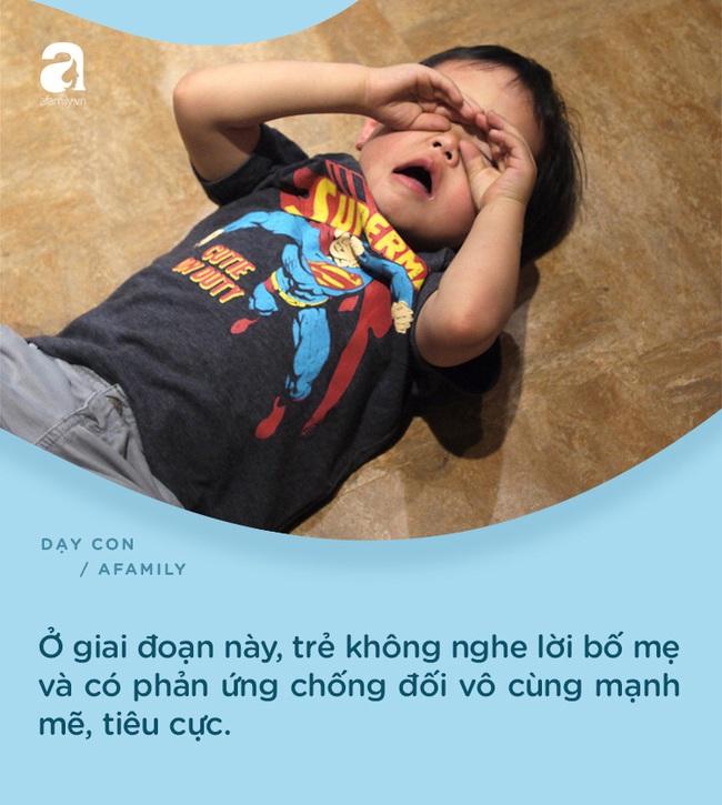 """7 biểu hiện chứng tỏ con đang """"khủng hoảng tuổi lên 3"""": Bố mẹ nắm rõ để có cách xử trí tinh tế - Ảnh 5."""
