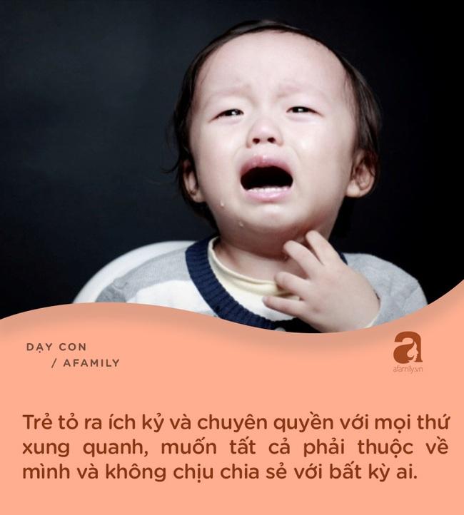 """7 biểu hiện chứng tỏ con đang """"khủng hoảng tuổi lên 3"""": Bố mẹ nắm rõ để có cách xử trí tinh tế - Ảnh 6."""