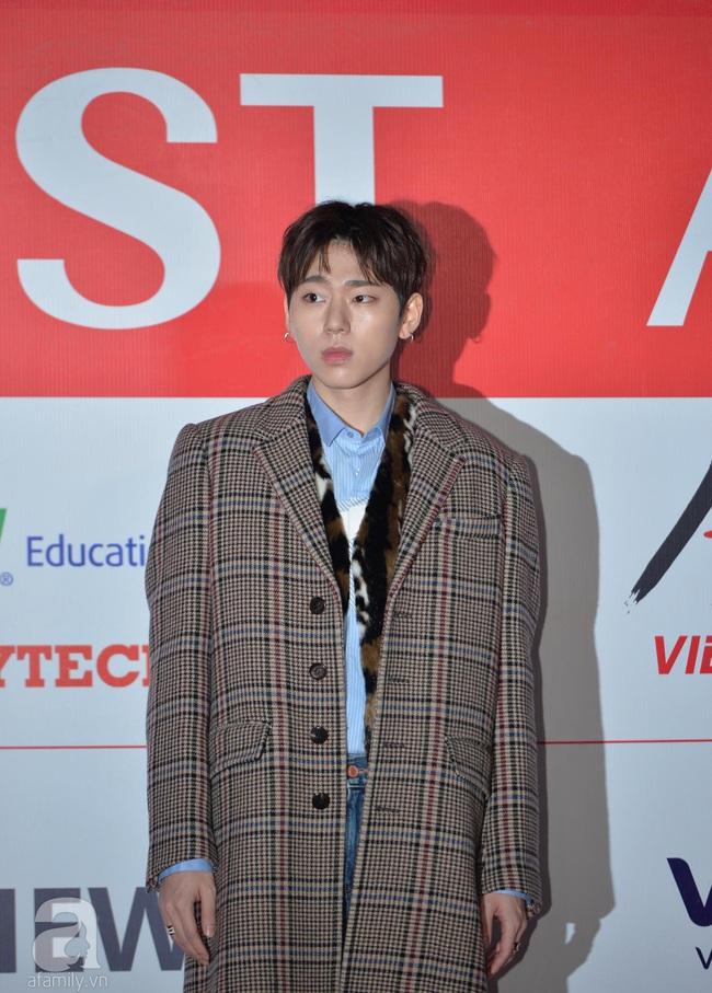"""Thảm đỏ AAA 2019 bùng nổ trong sự chào đón của fan Việt: Ji Chang Wook điển trai hết phần thiên hạ hội ngộ 2 """"người tình màn ảnh"""" Park Min Young và Yoona - Ảnh 17."""