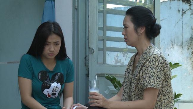 """""""Không lối thoát"""" tập 19: Bỏ vợ bầu vừa sảy thai để cưới vợ mới giàu sang, Minh bị gái làng chơi đeo bám - Ảnh 7."""