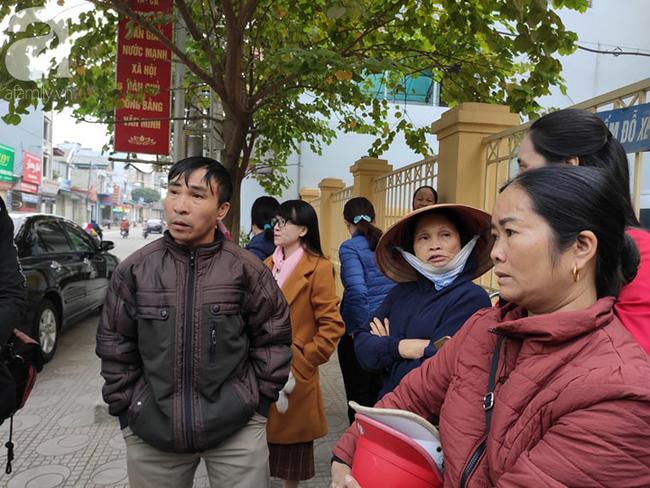 Trực tiếp phiên xét xử vụ mẹ nữ sinh giao gà ở Điện Biên và đồng phạm về tội mua bán ma túy - Ảnh 4.