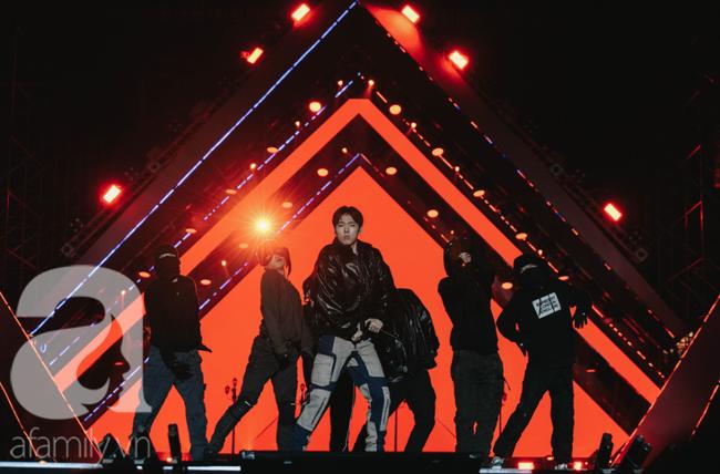 Kết quả AAA 2019 gây sốt: Jang Dong Gun giành giải cao nhất, tranh cãi trao giải theo quan hệ ai đi thì có giải - Ảnh 6.