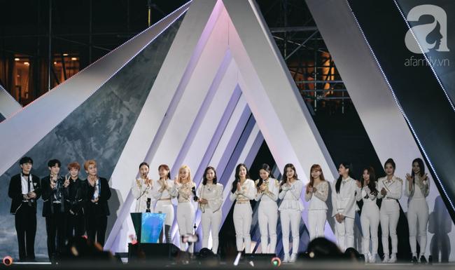 Kết quả AAA 2019 gây sốt: Jang Dong Gun giành giải cao nhất, tranh cãi trao giải theo quan hệ ai đi thì có giải - Ảnh 34.
