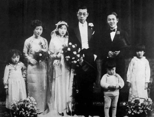 Chuyện tình của dịch giả nổi tiếng Trung Quốc: Đính hôn mới biết mặt cô dâu, vợ có cách ứng xử lạ sau loạt lần ngoại tình của chồng và cái kết cùng nhau tự vẫn lìa xa trần thế - Ảnh 2.