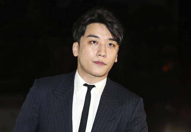 Làng giải trí Hàn Quốc 2019 nhuốm màu đen tối: Những màn đấu đá lẫn nhau hậu ly hôn liệu có bằng sự tang thương bao trùm nửa cuối năm - Ảnh 3.