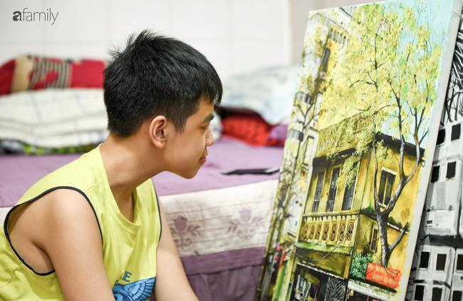 Cậu bé tự kỉ 9 tuổi mê tranh Van Gogh với bức tranh được đấu tranh trăm triệu: Con sẽ trở thành họa sĩ nổi tiếng, sẽ mua nhà và cho mẹ đi du lịch - Ảnh 6.