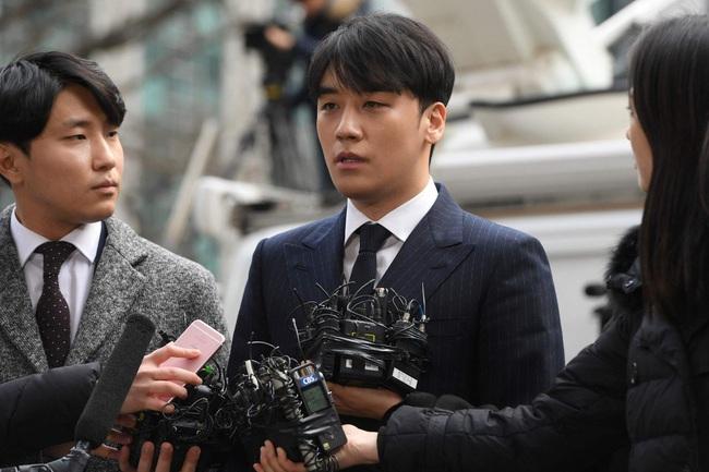 Làng giải trí Hàn Quốc 2019 nhuốm màu đen tối: Những màn đấu đá lẫn nhau hậu ly hôn liệu có bằng sự tang thương bao trùm nửa cuối năm - Ảnh 5.