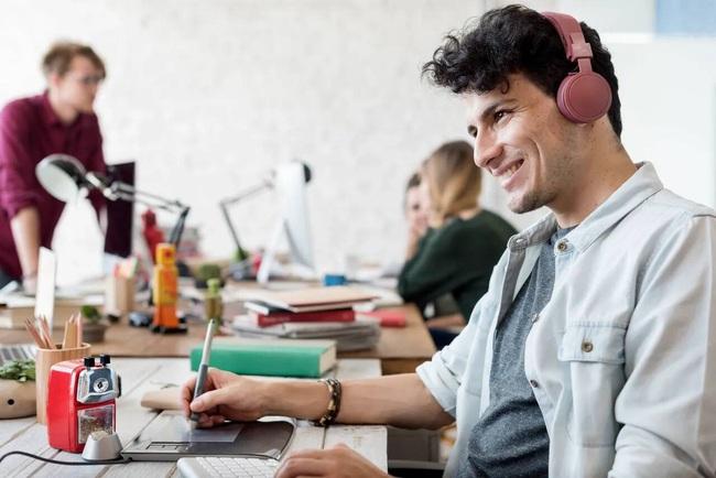 4 dòng nhạc cho dân công sở giúp hiệu suất làm việc tăng cao, tinh thần thoải mái không lo muộn phiền - Ảnh 4.