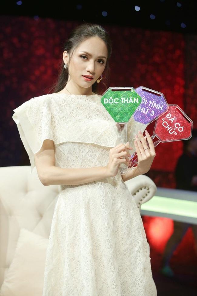 """Loạt show truyền hình """"gây bão"""" năm 2019: Chạy đi chờ chi, Siêu trí tuệ Việt Nam thi nhau oanh tạc, Người ấy là ai? vẫn hot như thường - Ảnh 5."""