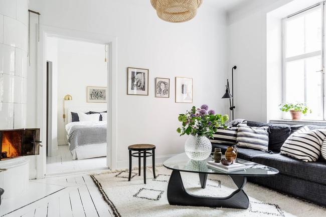 Căn hộ 45m2 sáng bừng với sắc trắng bao trùm, đồ nội thất nổi bần bật mọi khoảnh khắc - Ảnh 6.