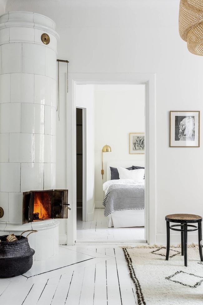 Căn hộ 45m2 sáng bừng với sắc trắng bao trùm, đồ nội thất nổi bần bật mọi khoảnh khắc - Ảnh 8.