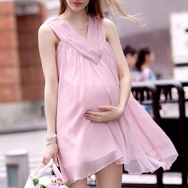 Siêu âm thấy thai nhi có phần nhô lên rõ rệt khiến ai cũng ngỡ con trai nhưng khi bé được sinh ra cả nhà vừa nhìn bé đã suy sụp - Ảnh 1.
