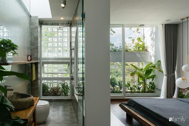 Căn nhà phố trong lành và duyên dáng với cây xanh thân thiện của cặp vợ chồng mới cưới ở TP Đà Nẵng - Ảnh 14.