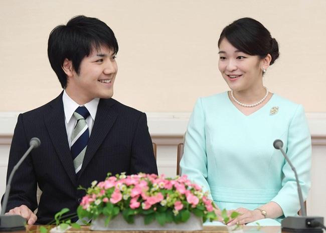 Thái tử Nhật Bản chia sẻ bức hình gia đình mới nhất nhân dịp sinh nhật và thẳng thắn nói về chuyện con gái cả hoãn đám cưới suốt 2 năm - Ảnh 3.