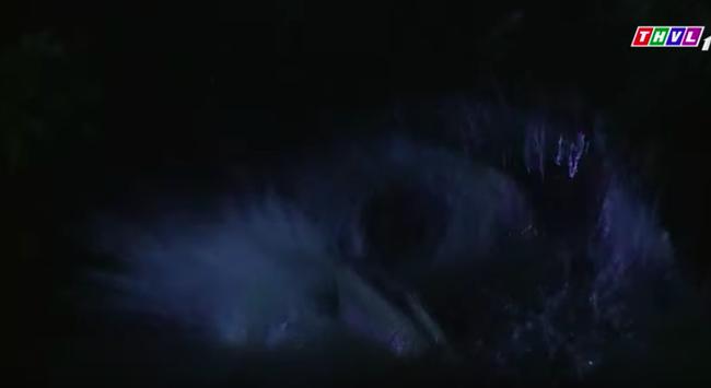 """Cảnh sốc ở """"Không lối thoát"""": Vợ sảy thai hóa điên dại, Minh còn ác đến mức đẩy xuống sông hại chết?  - Ảnh 7."""