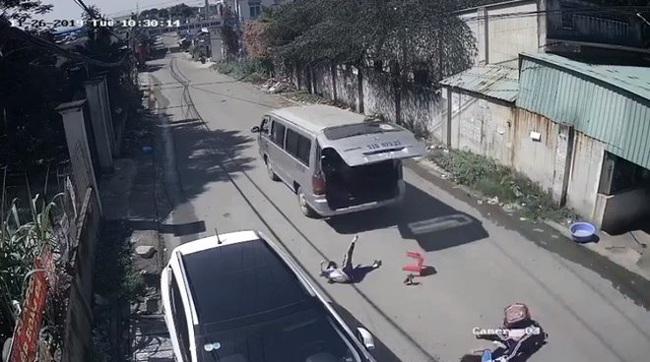Bé trai tử vong trên xe đưa đón trường Gateway và những chuyến xe tử thần: Khi người lớn trót quên mất an toàn của con trẻ - Ảnh 1.