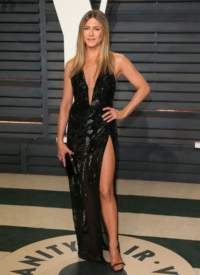"""Chế độ """"Ăn kiêng mà như không kiêng"""" giúp Jennifer Aniston duy trì được vóc dáng thon thả  - Ảnh 1."""