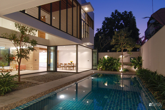 Resort thu nhỏ trong biệt thự 3 tầng với góc nào cũng có ánh sáng và cây xanh sang chảnh ở TP. HCM - Ảnh 3.